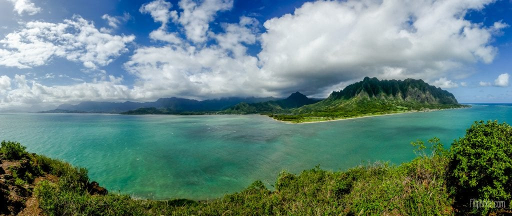 View from Mokoliʻi ( Chinaman's Hat ) on Oahu, Hawaii